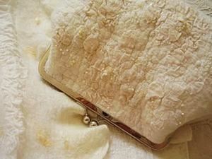 Нарядная сумочка в технике нуно-войлок. Ярмарка Мастеров - ручная работа, handmade.