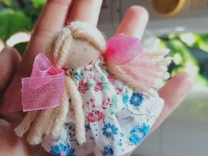 Резинка для волос «Куколка». Ярмарка Мастеров - ручная работа, handmade.