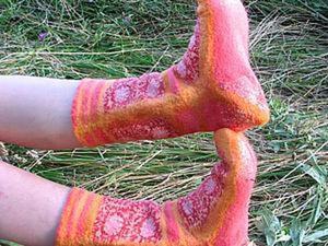 Создаем уютные войлочные носочки. Ярмарка Мастеров - ручная работа, handmade.