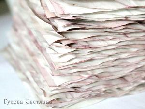 Тонируем листы для блокнота настоем из лепестков роз. Ярмарка Мастеров - ручная работа, handmade.
