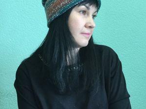 Время шапок! Дебют Светланы в моем блоге с шапочкой трансформер из пряжи  «Оперение ». Собираю заказы на фабрику!. Ярмарка Мастеров - ручная работа, handmade.