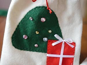 Как сделать новогоднюю упаковку — мешочки из фетра. Ярмарка Мастеров - ручная работа, handmade.