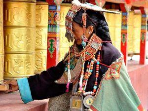 Как носить бусину Дзи и ухаживать за ней. Ярмарка Мастеров - ручная работа, handmade.