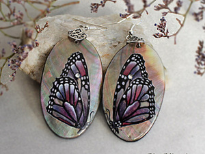 Серьги «Бабочки». Роспись на перламутре. Ярмарка Мастеров - ручная работа, handmade.