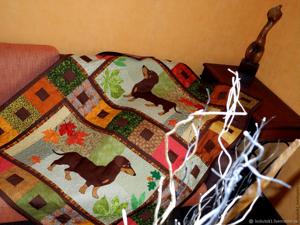 Детское лоскутное одеяло покрывало  «Таксы»  — детская комната в стиле пэчворк!!. Ярмарка Мастеров - ручная работа, handmade.