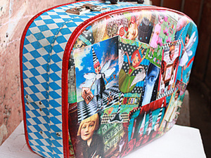 """Мастер-класс """"Декупаж чемодана"""" или """"Приключения Желтого чемоданчика""""-)  Часть первая.. Ярмарка Мастеров - ручная работа, handmade."""
