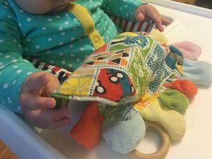 Шьем игрушку-погремушку для самых маленьких. Ярмарка Мастеров - ручная работа, handmade.