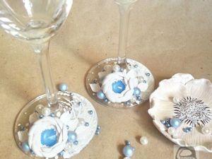 Декорируем свадебные бокалы цветами из полимерной глины, кристаллами и жемчугом Swarovski. Ярмарка Мастеров - ручная работа, handmade.