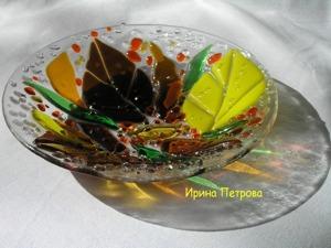 Тарелочка «Осенняя песня» в технике фьюзинг. Ярмарка Мастеров - ручная работа, handmade.