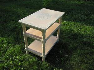 Осваиваем простые техники окрашивания и декорирования лакированного столика. Ярмарка Мастеров - ручная работа, handmade.