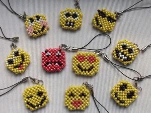 Плетём из бисера брелоки «Смайлики». Ярмарка Мастеров - ручная работа, handmade.