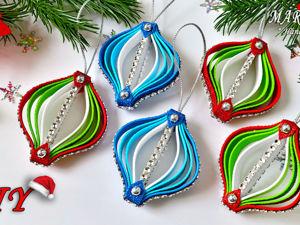 Как сделать простые и красивые игрушки для елки из обрезков фоамирана. Ярмарка Мастеров - ручная работа, handmade.