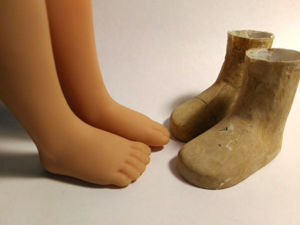 Делаем колодки для кукольной обуви, или Снимаем слепок с кукольной ножки. Ярмарка Мастеров - ручная работа, handmade.