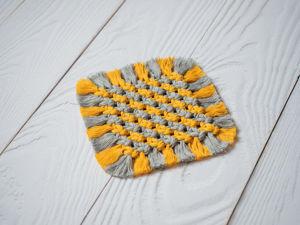Плетём салфетку двухцветную в технике макраме. Ярмарка Мастеров - ручная работа, handmade.