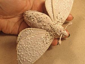 Текстильная брошь-мотылек. Ярмарка Мастеров - ручная работа, handmade.