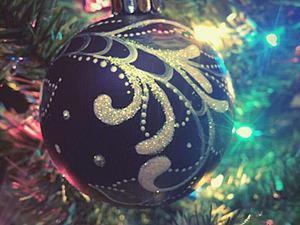 Роспись новогоднего шарика. Ярмарка Мастеров - ручная работа, handmade.