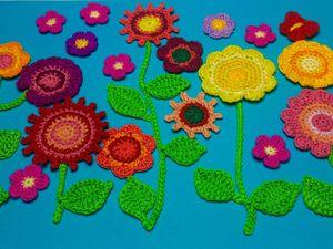Видеоурок: цветочное панно крючком из незабудок. Ярмарка Мастеров - ручная работа, handmade.