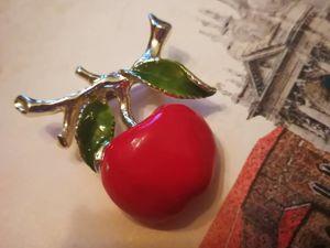 Аукцион: Винтажная брошь «Наливное яблочко», Gerry's, США, 1970е гг. Ярмарка Мастеров - ручная работа, handmade.