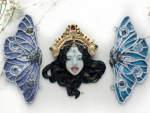 Богиня Кали. Кулон ручной работы с кристаллом опал и нефрит. Ярмарка Мастеров - ручная работа, handmade.