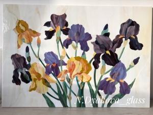 Мозаика «Ирисы» из витражного стекла — новинка в магазине. Ярмарка Мастеров - ручная работа, handmade.