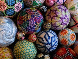 Волшебный клубочек: японское искусство вышивания темари + 17 работ NanaAkua. Ярмарка Мастеров - ручная работа, handmade.