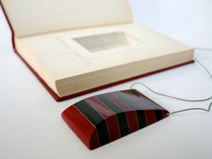 Украшения из старых книг. Коллекция Джереми Мэя. Ярмарка Мастеров - ручная работа, handmade.