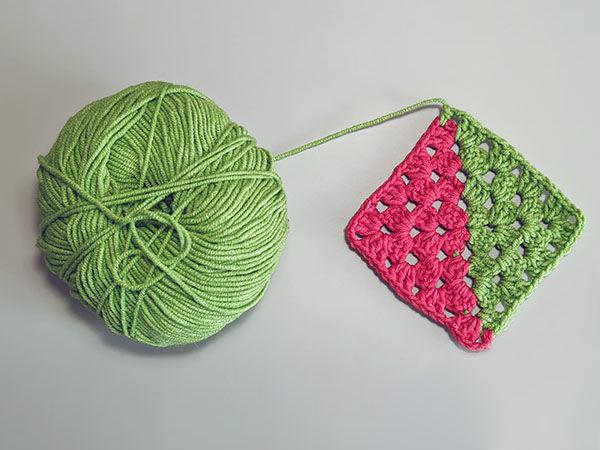 Вяжем бабушкин квадрат от двух клубков | Ярмарка Мастеров - ручная работа, handmade