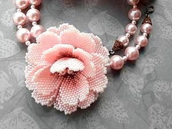 How to Make a Small Flower out of Beads   Livemaster - handmade