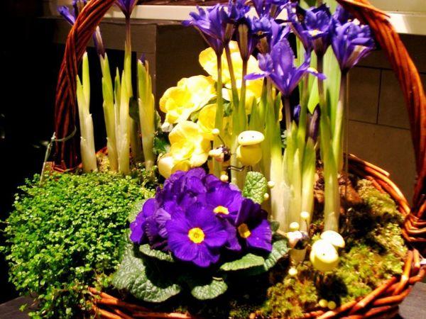 Аранжировки из весенних цветов на заказ. Подарок на День Валентина, 8 марта | Ярмарка Мастеров - ручная работа, handmade