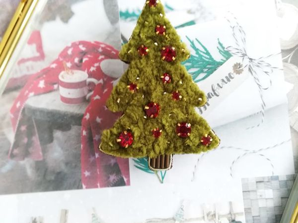 Видео новогоднего украшения броши Елочки | Ярмарка Мастеров - ручная работа, handmade