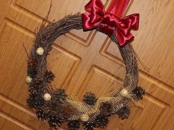 Мастерим новогодний венок из шишек и березовых веточек | Ярмарка Мастеров - ручная работа, handmade