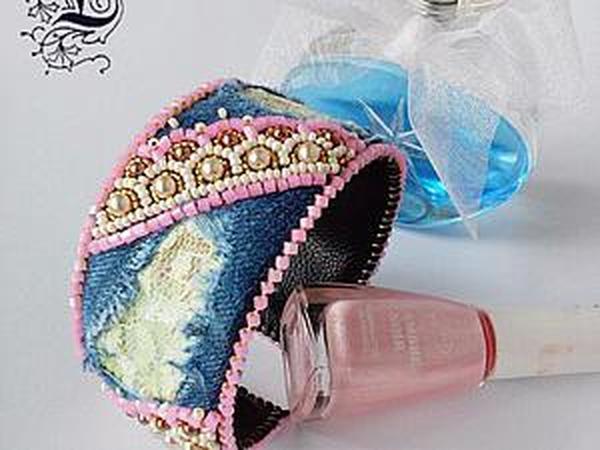Делаем оригинальный браслет «Delicado encaje» с использованием джинсовой ткани, кружева и бисера   Ярмарка Мастеров - ручная работа, handmade