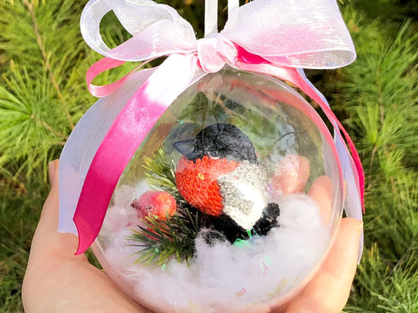 Мастерим новогоднюю игрушку на елку «Вязаный снегирь в шаре» | Ярмарка Мастеров - ручная работа, handmade