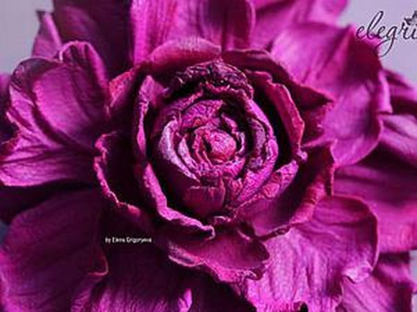 Роза-заколка