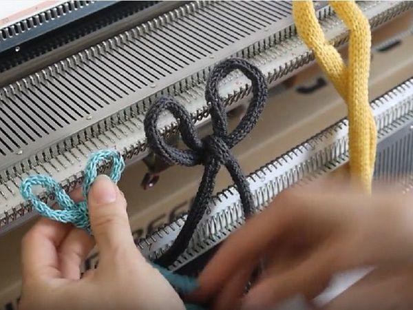 Вяжем плоский шнур на одной фонтуре: видео мастер-класс по машинному вязанию   Ярмарка Мастеров - ручная работа, handmade