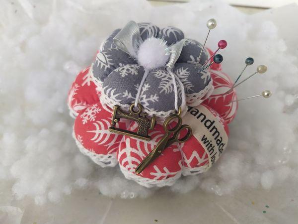 Подарок к Новому году — пошаговый урок как сделать игольницу | Ярмарка Мастеров - ручная работа, handmade