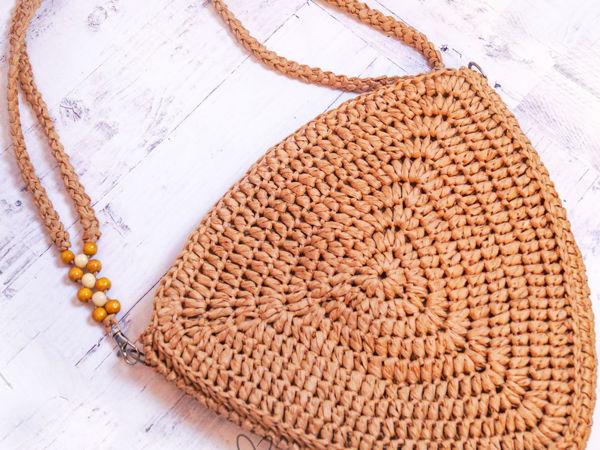 Вяжем сумку летнюю из рафии крючком   Ярмарка Мастеров - ручная работа, handmade