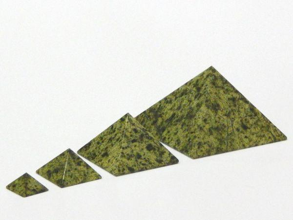 Змеевик — свойства камня, кому подходит по зодиаку | Ярмарка Мастеров - ручная работа, handmade