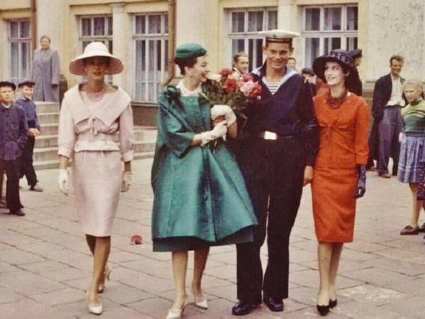 «Послы элегантности» в СССР 1959-го года. Легендарный показ мод и фотосессия в журнале «Life» | Ярмарка Мастеров - ручная работа, handmade