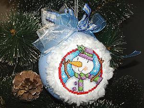 Делаем новогодний шар с вышитой вставкой | Ярмарка Мастеров - ручная работа, handmade