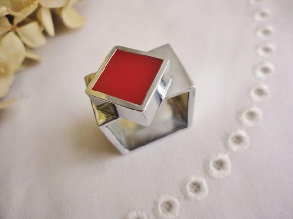 Редкий авангардный перстень  «Красный квадрат»  — новинка в нашем магазине! | Ярмарка Мастеров - ручная работа, handmade