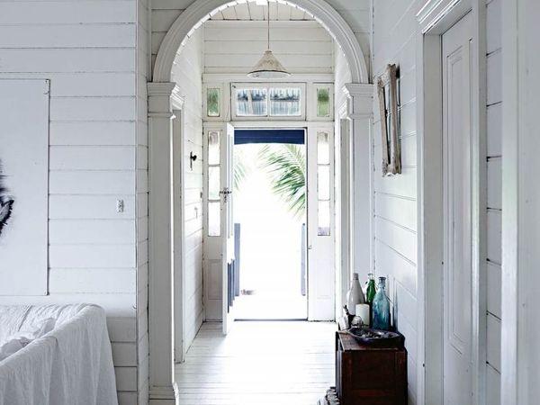 Дом в Квинсленде в белых тонах | Ярмарка Мастеров - ручная работа, handmade