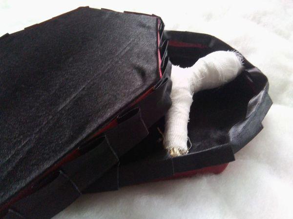 Как сделать коробку для куклы в виде гробика | Ярмарка Мастеров - ручная работа, handmade