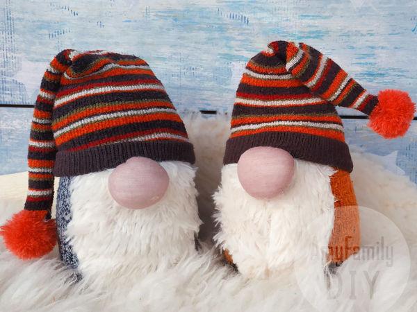 Делаем Гномика без шитья из носочков   Ярмарка Мастеров - ручная работа, handmade