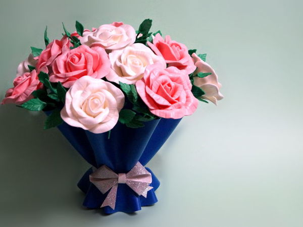Ваза «Цветочная упаковка» и букет роз из изолона | Ярмарка Мастеров - ручная работа, handmade