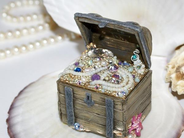 Шкатулка-обманка «Сокровища семи морей» с кристаллами Swarovski и натуральным жемчугом | Ярмарка Мастеров - ручная работа, handmade
