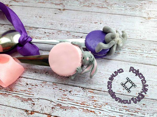 Ложка  «Зайка и печенька»  с декором из глины | Ярмарка Мастеров - ручная работа, handmade