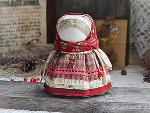 Creating DIY Folk Talisman Doll with a Candy   Livemaster - handmade