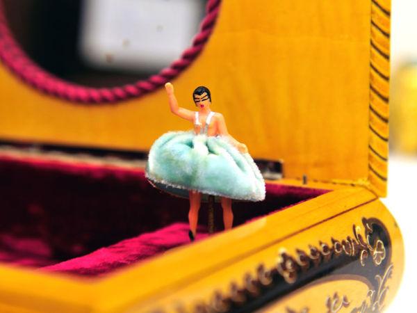 1960г Музыкальная Шкатулка с Балериной Мелодия: Тема Лары Доктор Живаго/ Механизм REUGE Швейцария Дерево Мозаика Италия | Ярмарка Мастеров - ручная работа, handmade