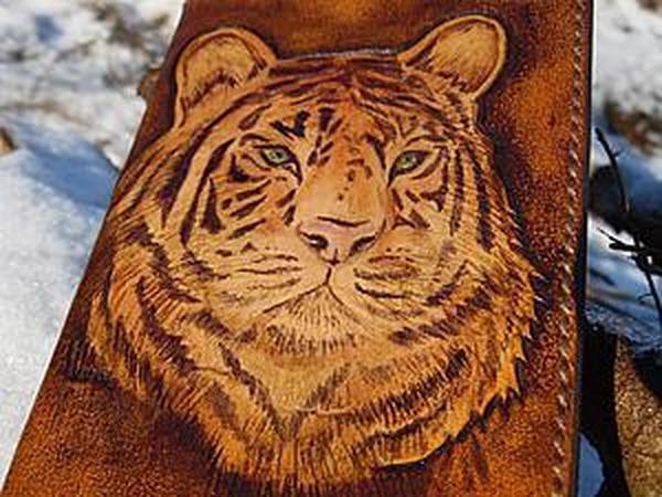 Роспись по неокрашенной коже растительного дубления | Ярмарка Мастеров - ручная работа, handmade